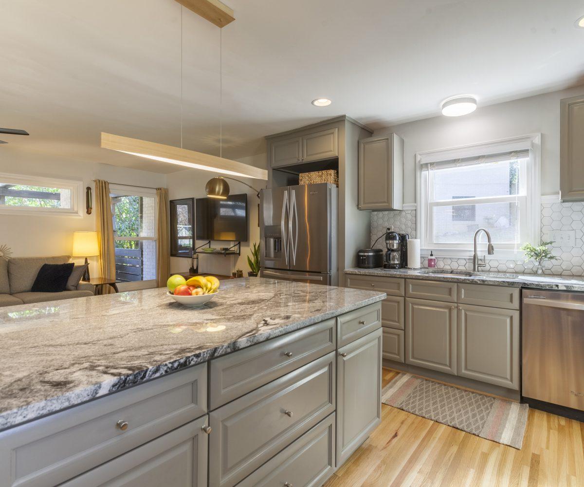 Kitchen Picture